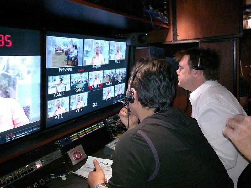 Quién es y qué hace un productor televisivo