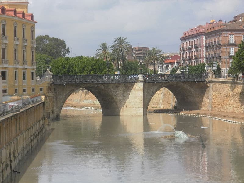 La historia del Puente de los Peligros de Murcia en imágenes