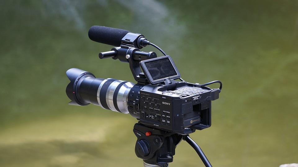 6 ventajas del alquiler de equipos audiovisuales