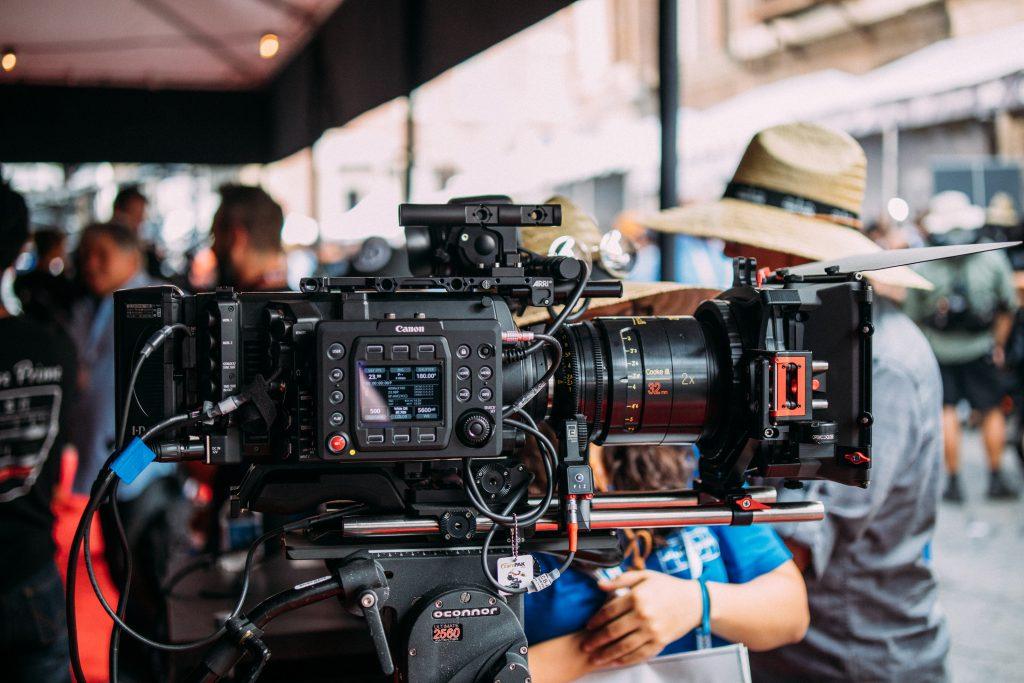 Quién forma parte de un equipo de producción audiovisual
