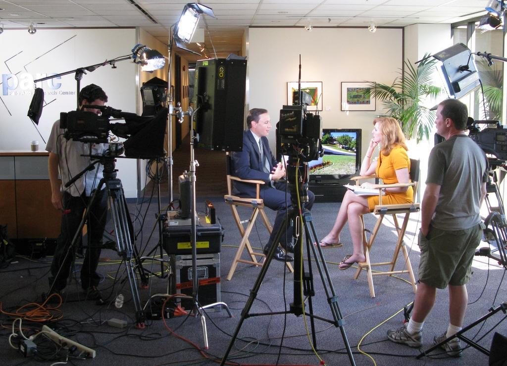 8 claves para cubrir noticias de televisión